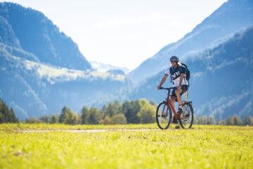 »Flach« durch die Alpen